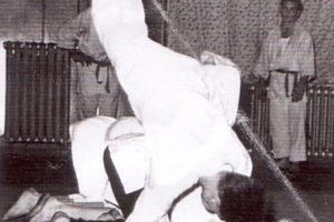 https://www.judoclub-quierschied.de/wp-content/uploads/2020/09/DieAnfaenge_3-300x200.jpg